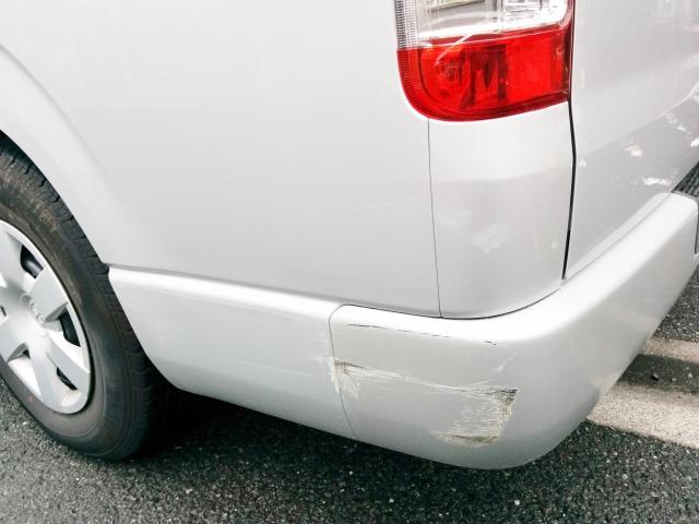 車に傷がついてしまった時にはどうすればいいの?